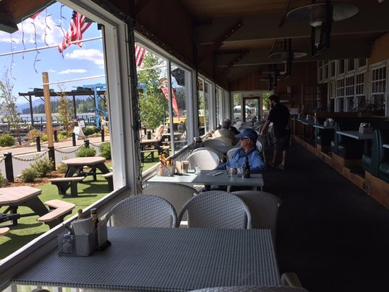 Dockside 700 Lakefront Grill: View of the Marina and Lake Tahoe