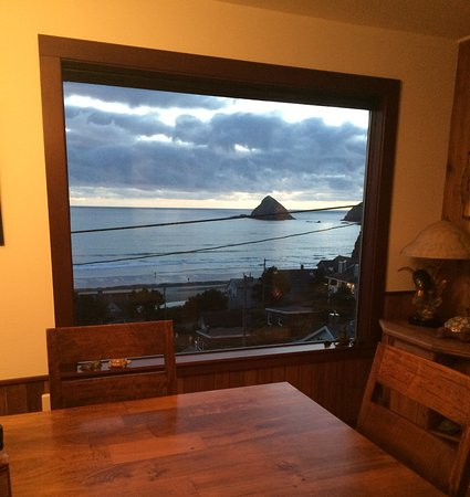 Oceanside, OR: View From the Dining Table at Turtle Janes Bed and Breakfast