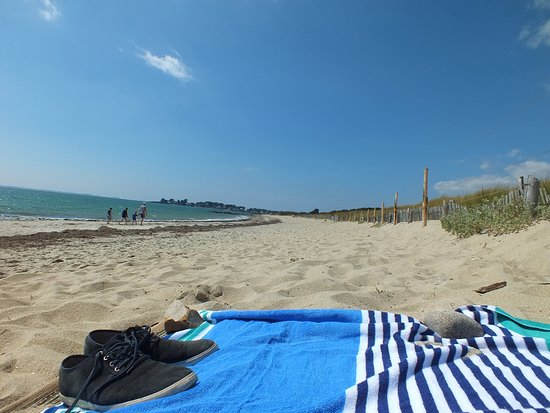 Camping de la Plage : august bank holiday monday! worth walking down the beach