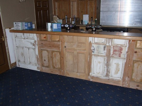 Rivelyn Hotel: The bar in the dining area being refurbished.