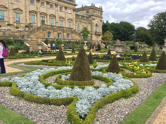 Harewood house garden picture of harewood house leeds for Harewood house garden design