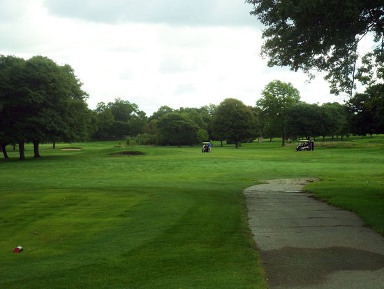 ‪Sylvan Glen Golf Course‬