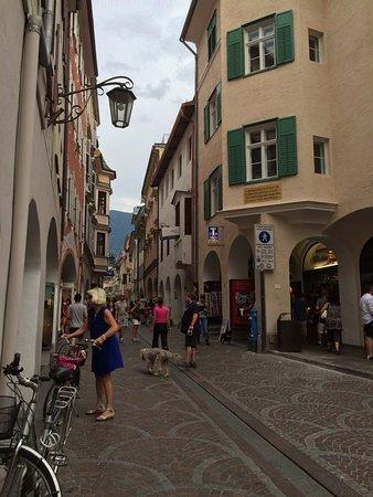 Merano centro storico picture of merano centro storico for Hotel a bressanone centro storico