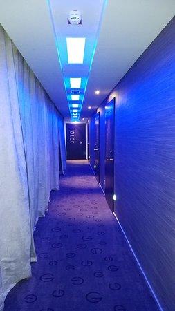 G Design Hotel: hallway