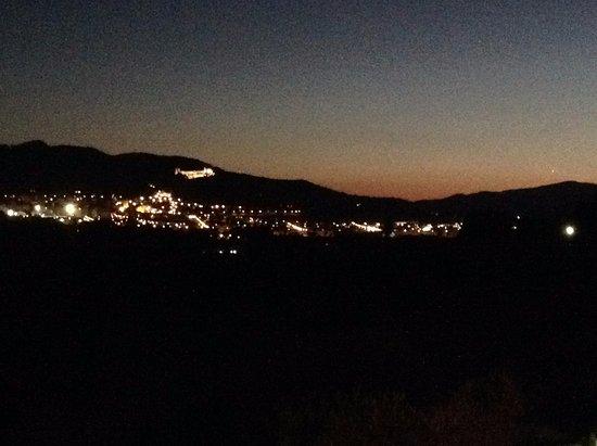Castalla, Spanien: View from the garden at night