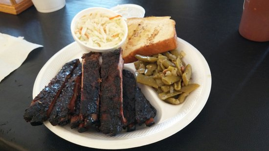 Lake Dallas, TX: Rib plate with coleslaw & green beans