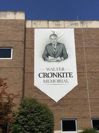 Walter Cronkite Memorial: photo2.jpg