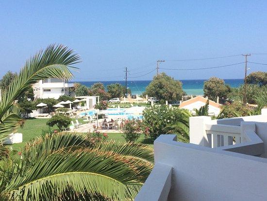 Chryssana Beach Hotel: photo0.jpg