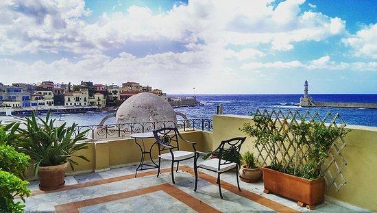 Pandora Suites Hotel Photo