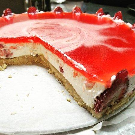 San Mauro la Bruca, Italy: cheesecake alla fragola