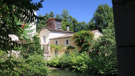 La Creche, France : Un second gîte, celui-ci labellisé ecologique ( je crois)