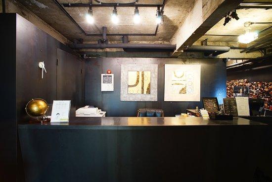 Seoul 53 Hotel : Front Desk