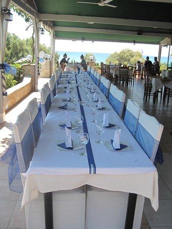 Stani Taverna Wedding Table