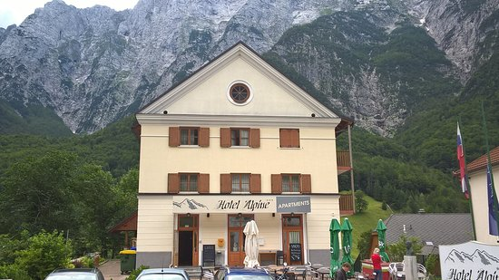 Log pod Mangartom, Slovénie : veduta esterna