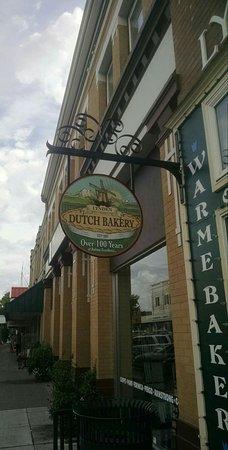 Lynden Dutch Bakery: IMG_20160901_203213_large.jpg