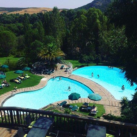 Αποτέλεσμα εικόνας για people relax pool hotel