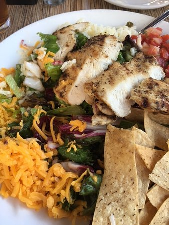 Redwoods Grill and Bar: Santa Fe Salad!
