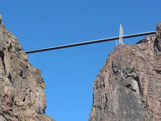 Royal Gorge Route Railroad: Royal Gorge from Bottom