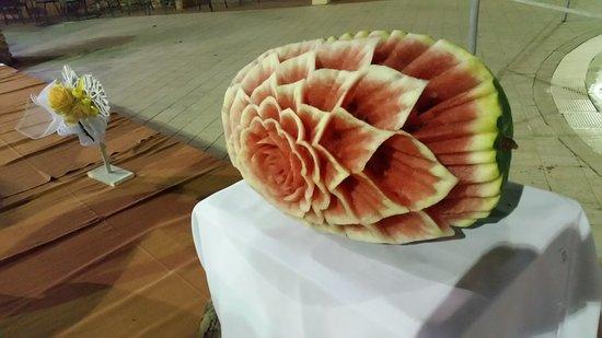 Magnifico Fiore Con L Anguria Picture Of Grand Hotel Mose