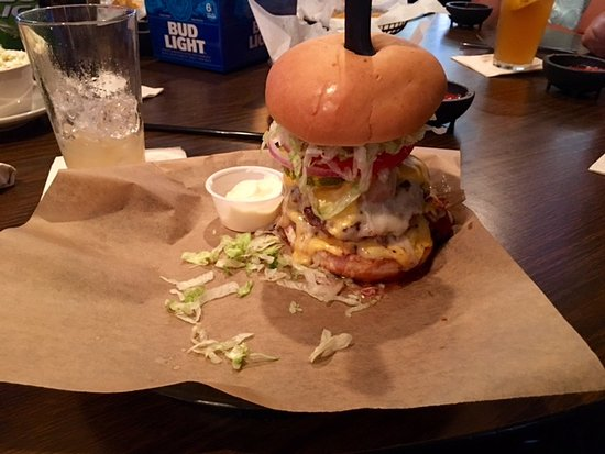 New Haven, IN: The Big Rack Burger