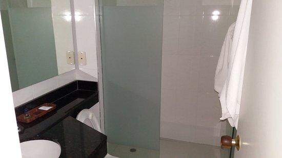 Hotel San Martin Cartagena: Baño