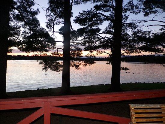 Island Pointe Resort: View off the deck