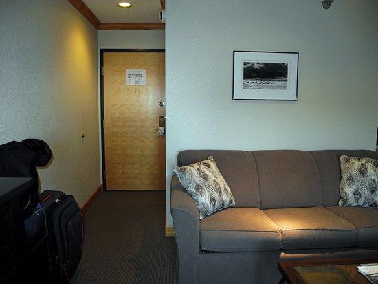 Sandpoint, ID: Front door, sofa
