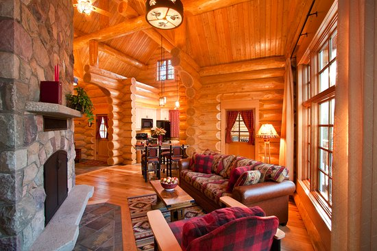 Alpine Village Cabin Resort - Jasper: Excutive One Bedroom Cabin