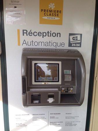 Premiere Classe Reims Est  - Taissy : Automatic check in machine