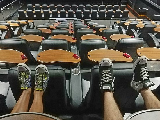 Studio Movie Grill: 20160826_102404_large.jpg