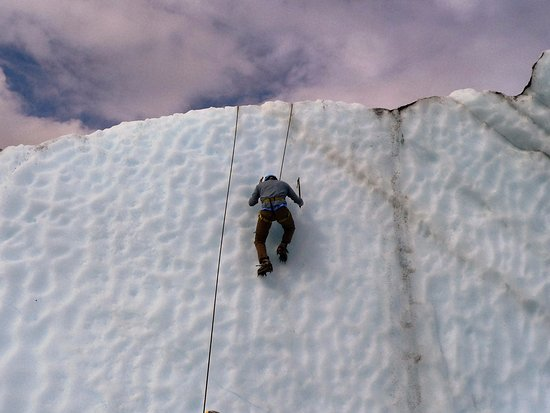 Glacier View, AK: Climbing an ice wall