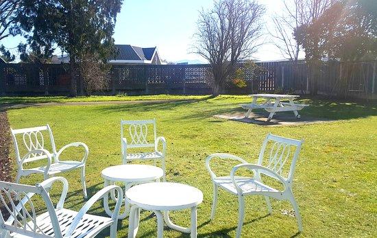Bings Motel : Courtyard