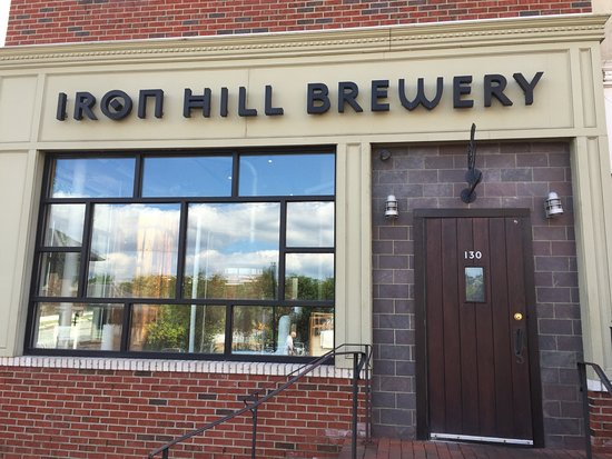 Phoenixville, PA: Iron Hill Brewery & Restaurant