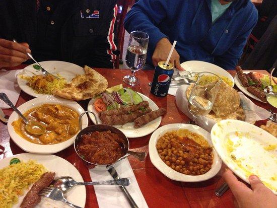 786 Halal Montreal Villeray Saint Michel Parc Extension Photos Restaurant Reviews Food Delivery Takeaway Tripadvisor