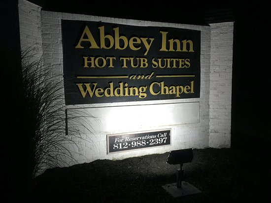 Abbey Inn: photo1.jpg