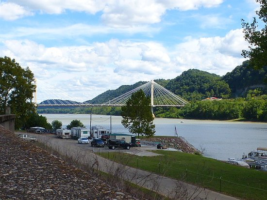 Portsmouth, OH: A view of the Ohio River near the murals.