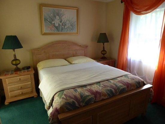 Susan's Villa: Pine Suite
