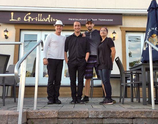 Mont Laurier, Canada : Philippe Pinson, Propriétaire, et Anthony, Eric et Velma !
