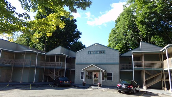 Photo of Town House Motor Inn Oneonta