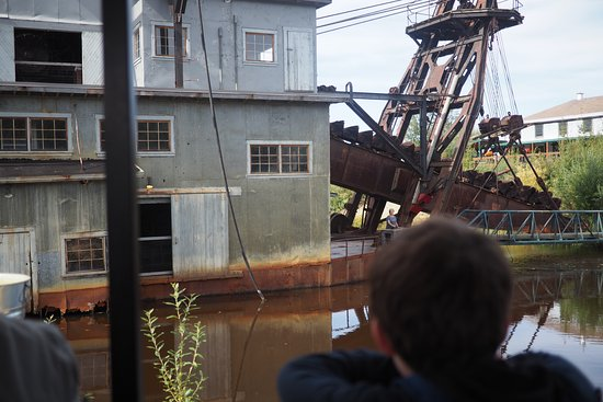 Gold Dredge 8: Fascinating history and a fun experience!