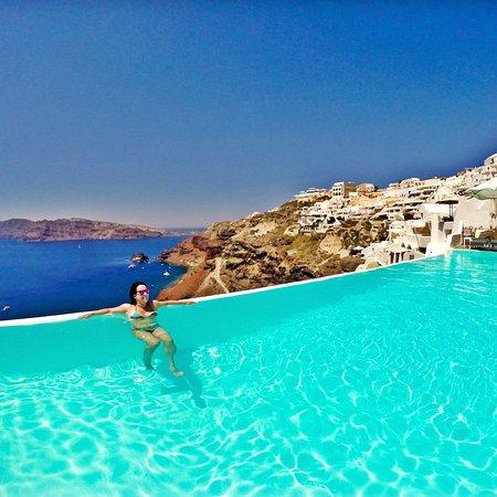 Amazing infinity pools at Katikies Hotel Santorini
