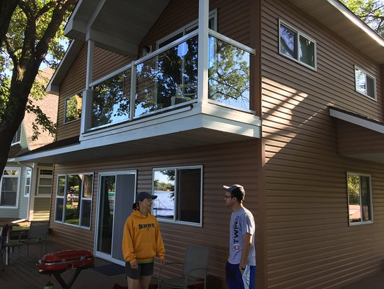Spicer, MN: Cabin 12 on the beach side. Master bedroom deck above