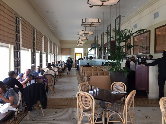 Cliff house dining room