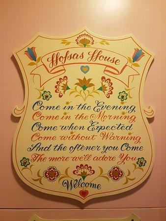 Hofsas House Hotel: 20160904_211301_large.jpg