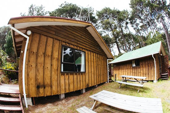 Opoutere, Neuseeland: Chalet and Cabins