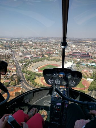 FlyJozi: South towards Ellis Park
