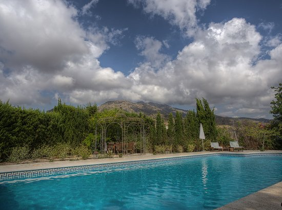 Cottage La Venteta: Pool mit der umgebenden Landschaft