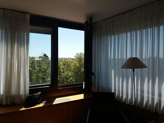 Sofitel Lyon Bellecour: 20160814_122957_large.jpg