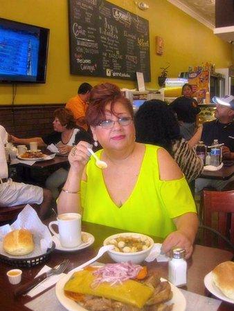 Passaic, Нью-Джерси: Chanfainita muy rica