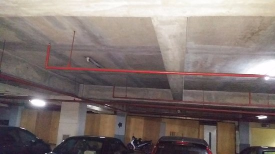 Faulty and flickering lights at basement parking lot need to be